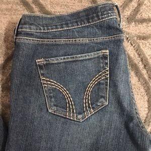 Size 9L Hollister Jeans